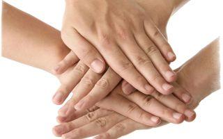 Чешется палец на правой руке или левой — народная примета