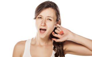 К чему чешется левое или правое ухо