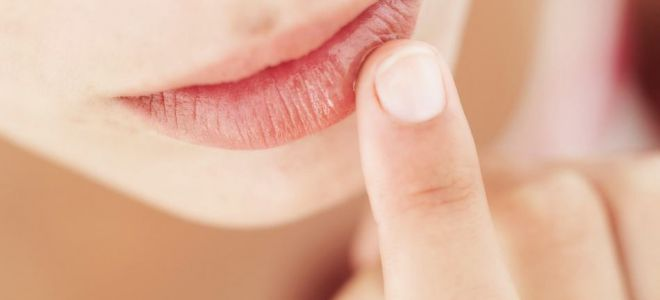 К чему чешутся губы — нижняя и верхняя?