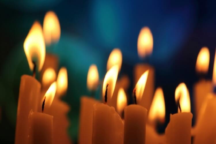 можно ли дарить церковные свечи