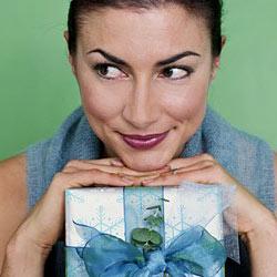 почему нельзя передаривать подарки