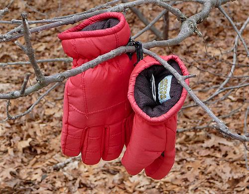 потерять обе перчатки примета