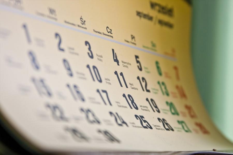 значение месячных по числам и дням недели
