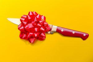 какие подарки нельзя дарить на день рождения