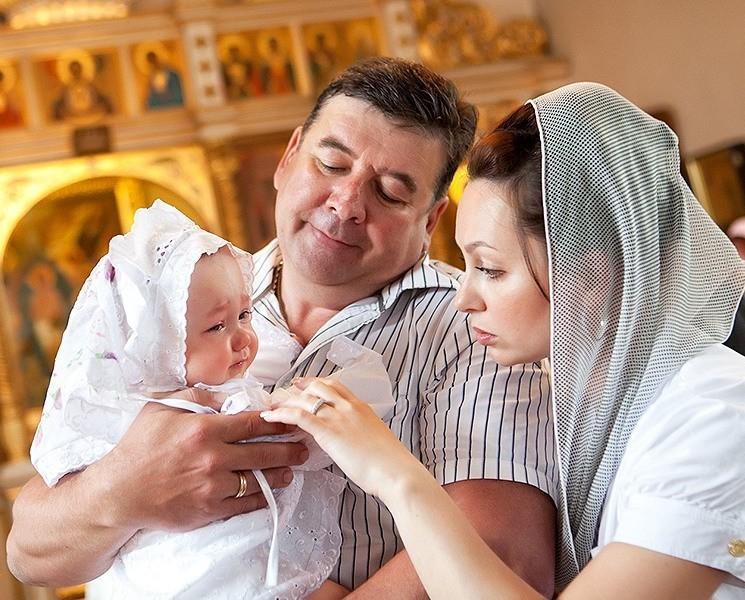 можно ли крестить ребенка другим именем